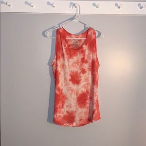 red and white tie dye tank!